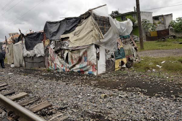 XALAPA, VER- La pobreza y carencias de servicios pùblicos que se viven en las colonias perifericas de la capital del estado.  FOTOJAROCHA.COM/ Eka Rios